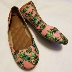 Jellypop Pineapple Women's Flats Size 8